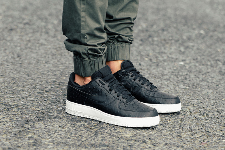 nike air force black outfit
