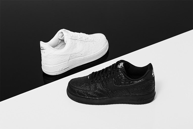 Nike Air Force 1 '07 LV8 Black & White