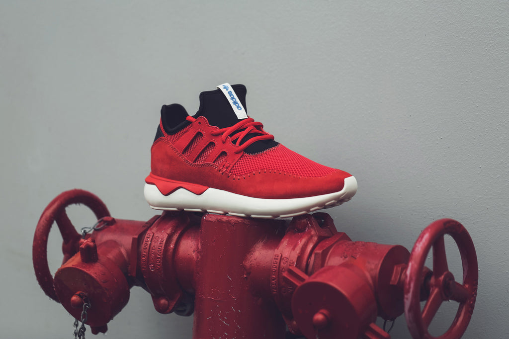 adidas Originals Tubular Moc Core Red