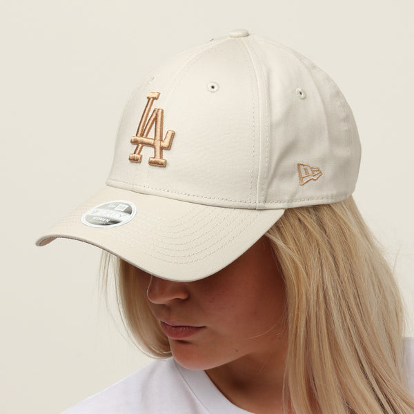 separation shoes 7af5d b086b New Era Women s Los Angeles Dodgers 9FORTY Cloth Buckle Strapback Ston – Culture  Kings