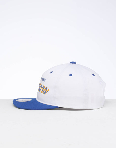 best authentic 7ad43 a9d8c Mitchell   Ness Golden State Warriors Deadstock Snapback White Blue – Culture  Kings