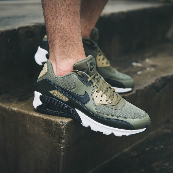 Details about Nike Air Max 90 Essential Premium Olive Running Shoes AJ1285 201 Men's Size 8