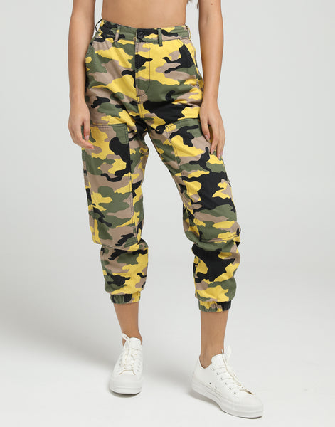 7a8034af Stussy Women's Fuller Workers Pant Green Camo