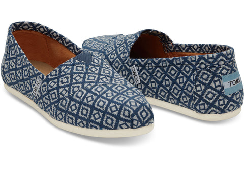 TOMS Navy Diamond Woven Pumps