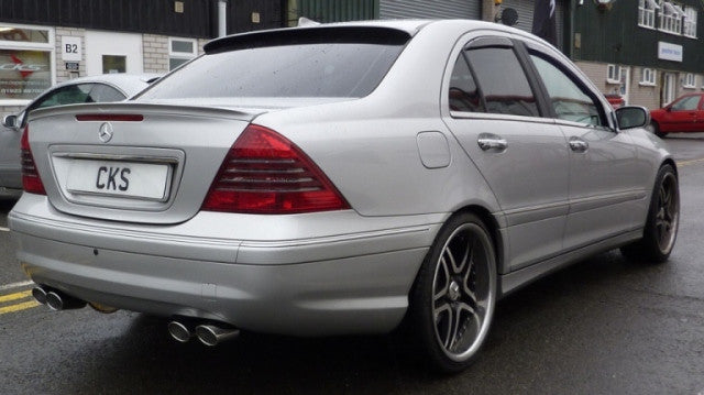 W203 C Class Saloon Roof Spoiler Models with GPS Only