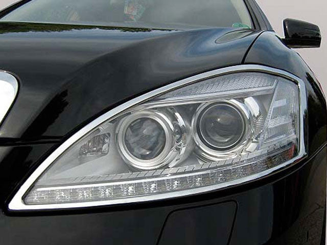 W221 S Class Chrome headlamp surrounds Set