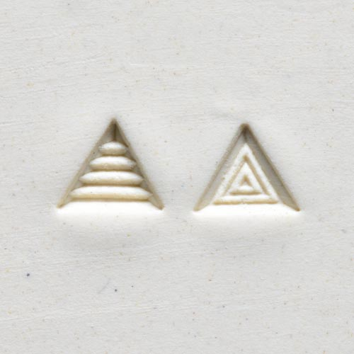 MKM Tools Sts2 Small Triangle Stamp - Lines and Triangles