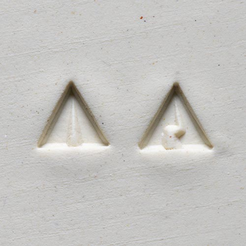 MKM Tools Sts9 Small Triangle Stamp - Lightning