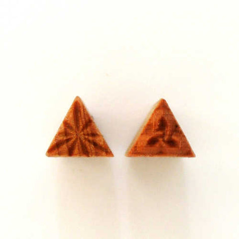 MKM Tools Sts11 Small Triangle Stamp - Celtic and Burst