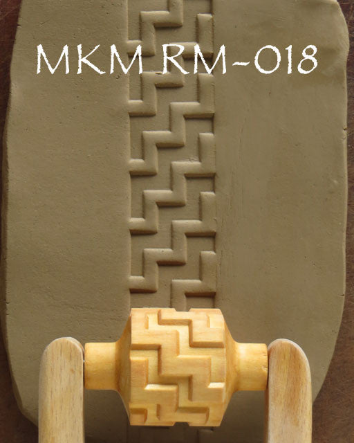 MKM Tools RM-018 3 cm Large Diagonal Zig Zag Design