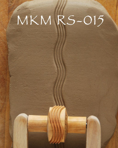 MKM Tools RS-015 1.5 cm Wavy Lines Design