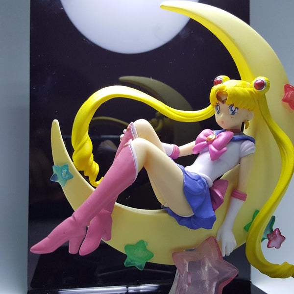 Tsukino Usagi With Moon 3D Lamp