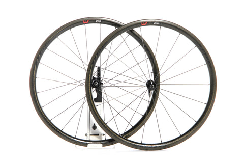 2016 Zipp 202 Firecrest Carbon Clincher Wheel Set - Black Decals