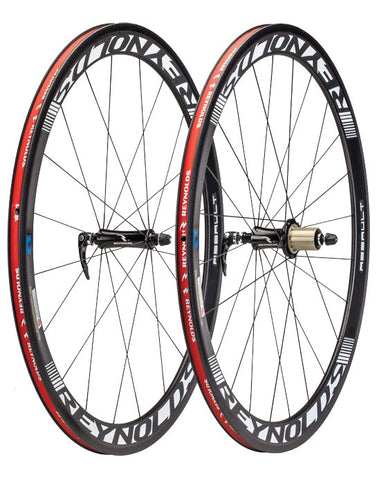 2013 Reynolds Assault Carbon Clincher Wheel Set