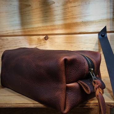 Dopp Kit - Lined and leather