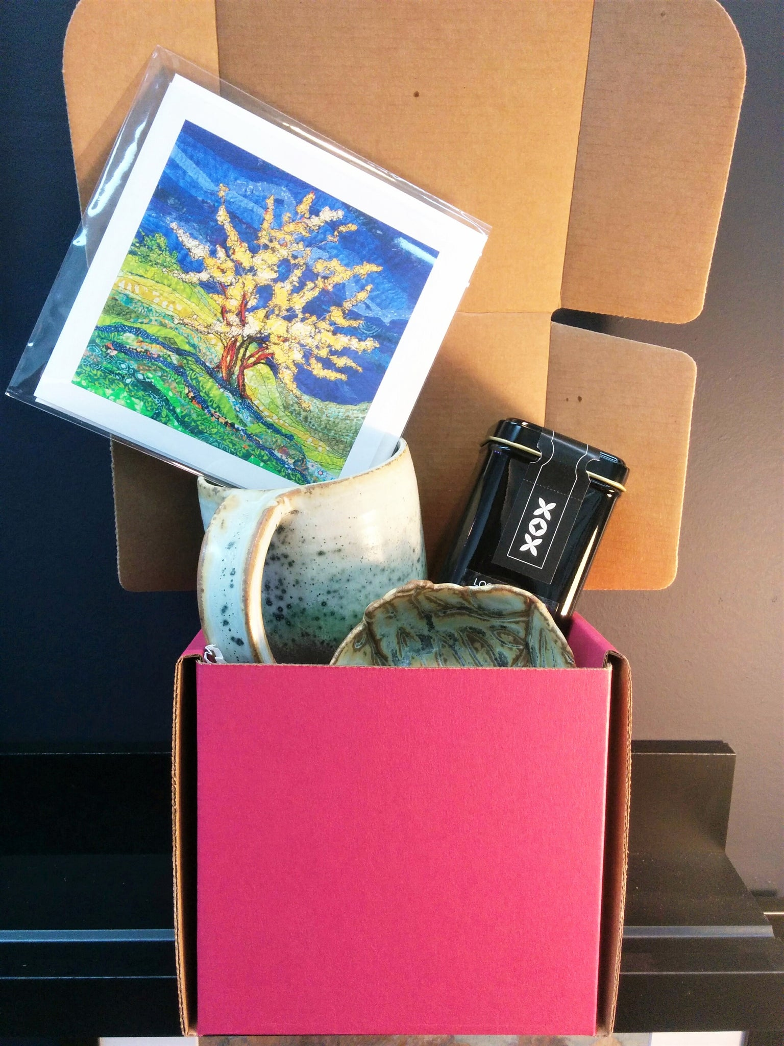 Tea Lovers Artisan Gift Box