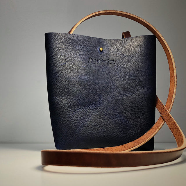 Little Bras D'or Handmade Leather Bag - Blue