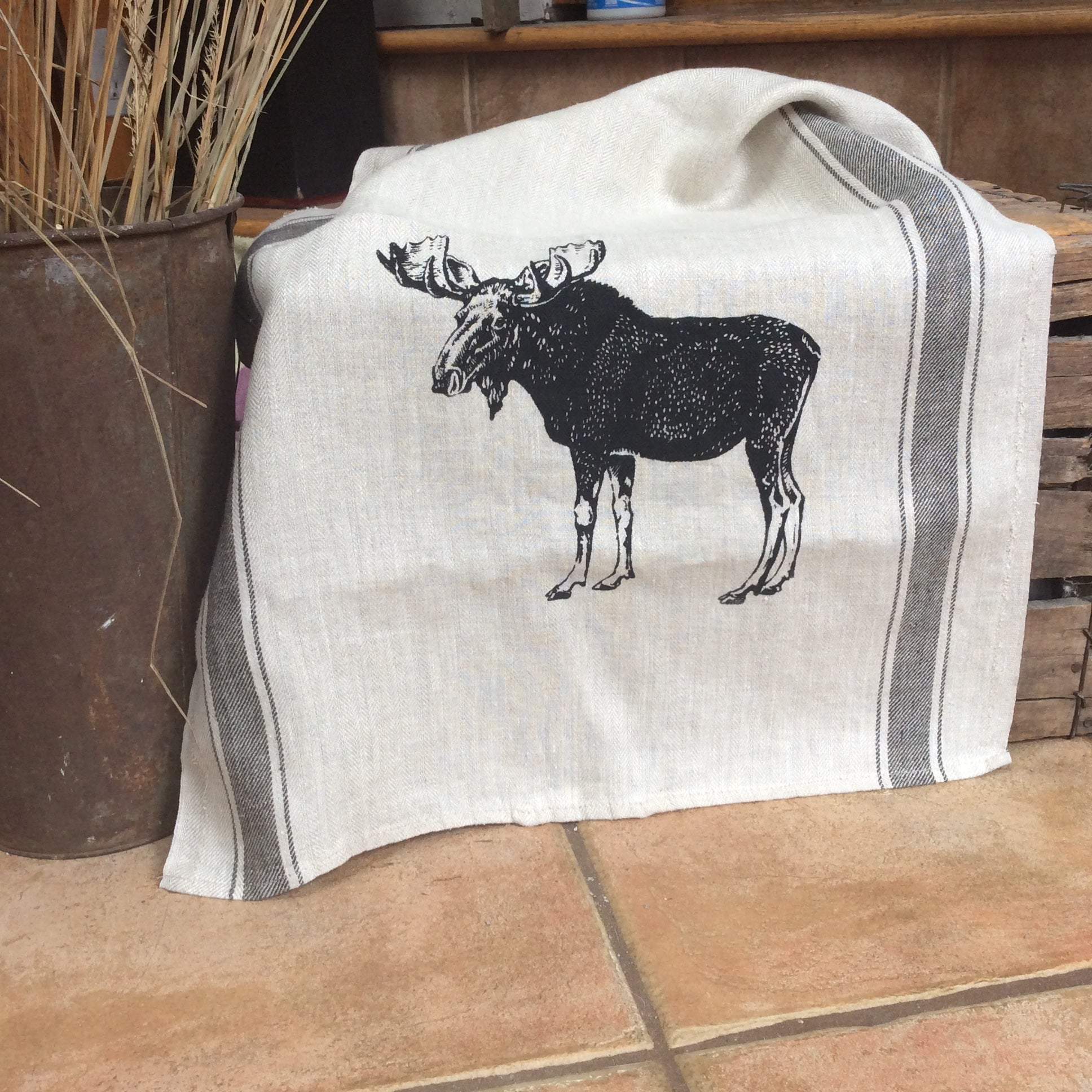 Wildlife Illustration Linen Tea Towel - Moose