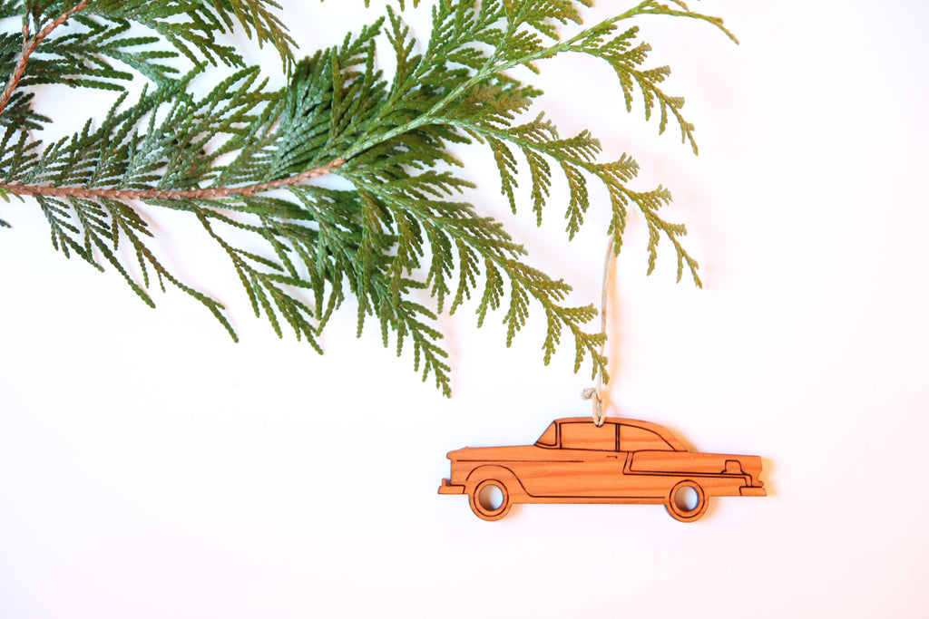 Classic Car Ornament *NEW*