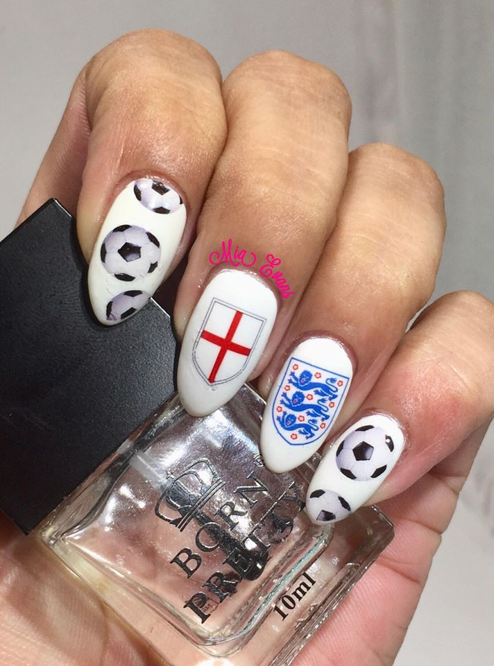 England 3 Lions Nail Art