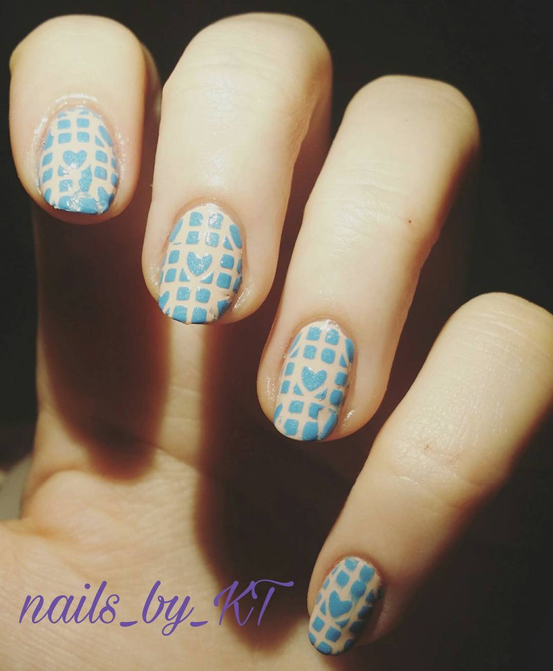 32 Nail Stencils style 120