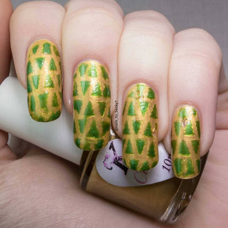 32 Nail Stencils style 127 christmas