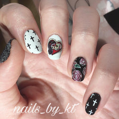 Sugar Skull  Day of the Dead lady Nail Art