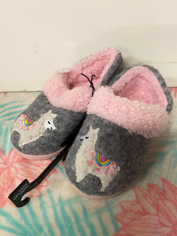 New Wonder Nation Fuzzy Shoes, Size 9-10