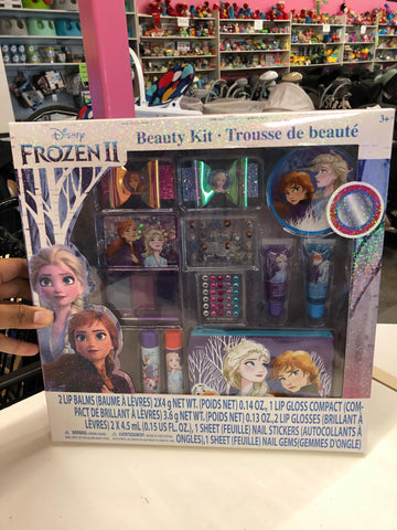 New Disney Frozen 2 Beauty Kit