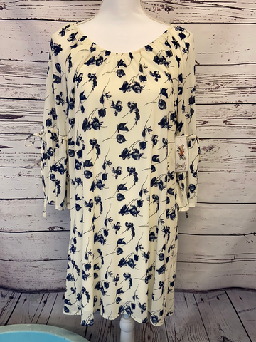 New Siren Lily Dress, Size M