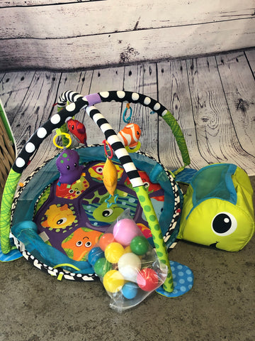 Infantino Turtle Play Gym & Ball Pit