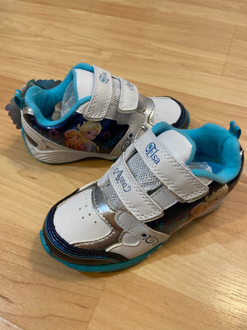 New Frozen Light-up Shoes, SIze 9
