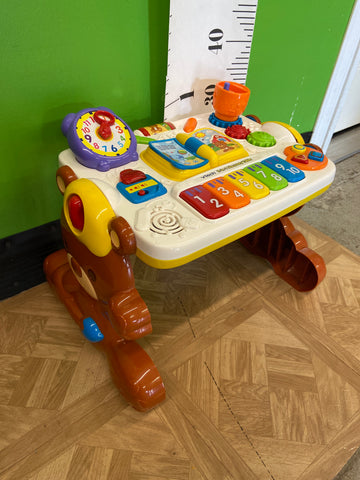 Vtech 2-in-1 Discovery Learning Table