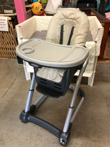 Graco Blossom High Chair, Grey