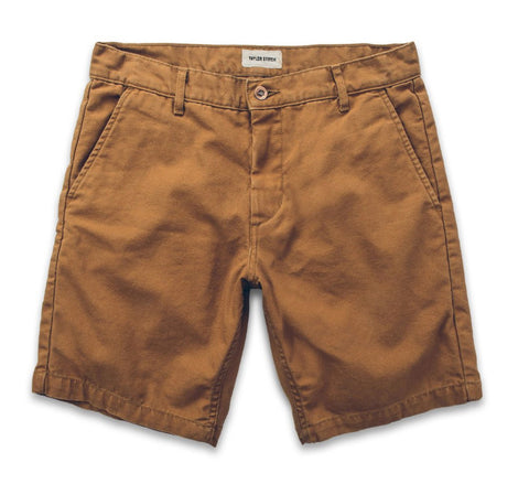 Taylor Stitch - The Camp Short in Washed Camel
