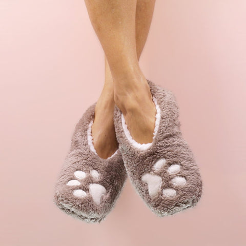"Faceplant Dreams Slipper Footsies - ""I Sleep With Dogs"""