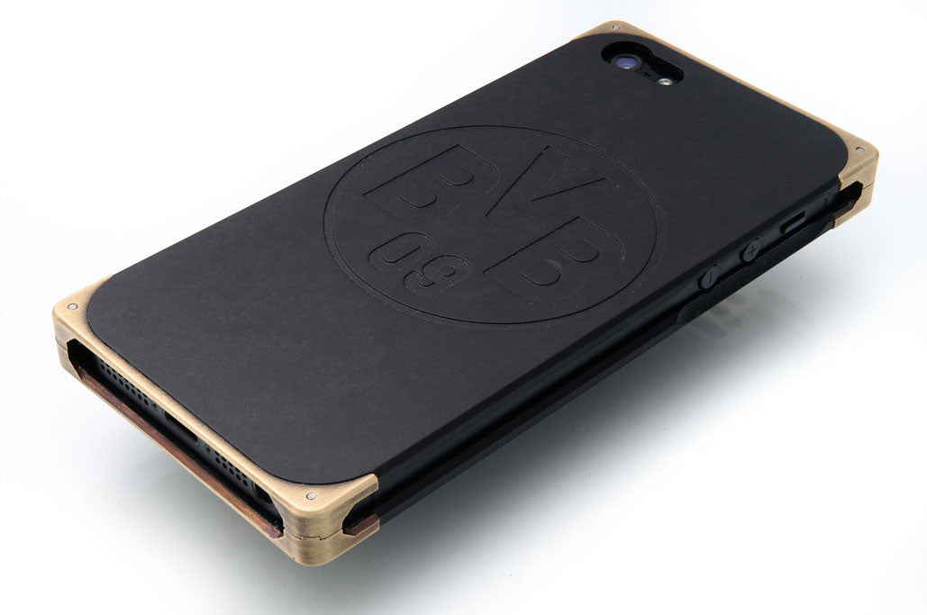 Custom engraving of iPhone case by EXOvault