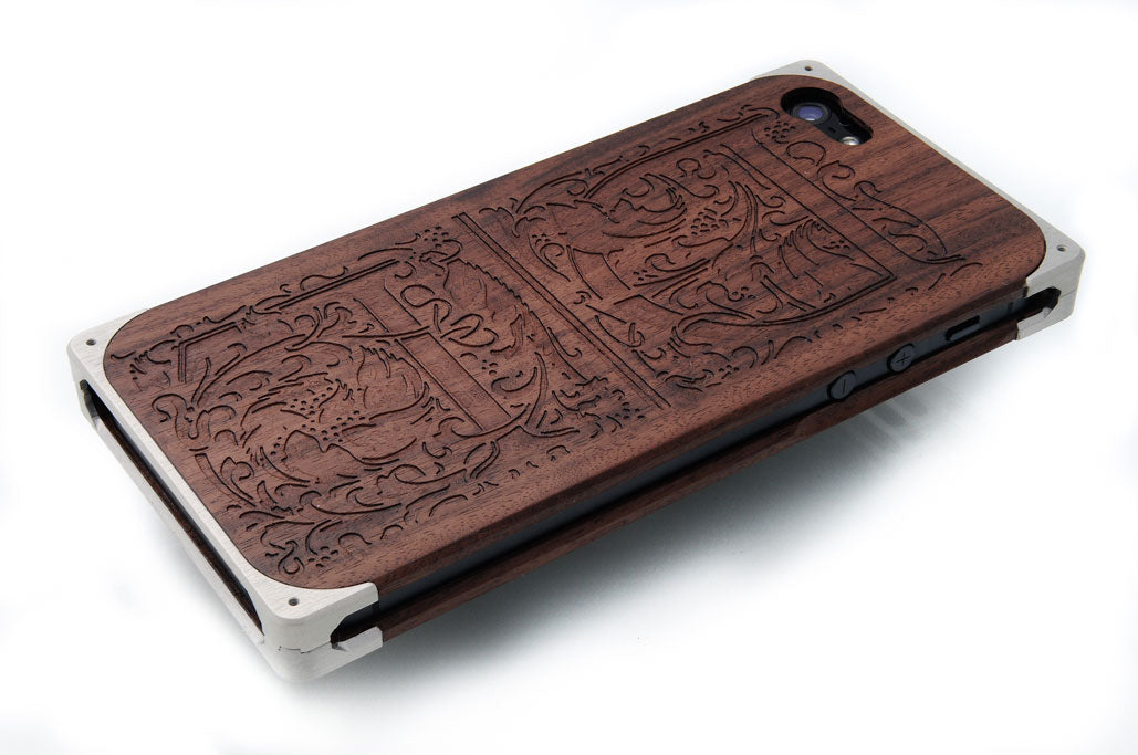 DL engraving on EXOvault hand-made iPhone case