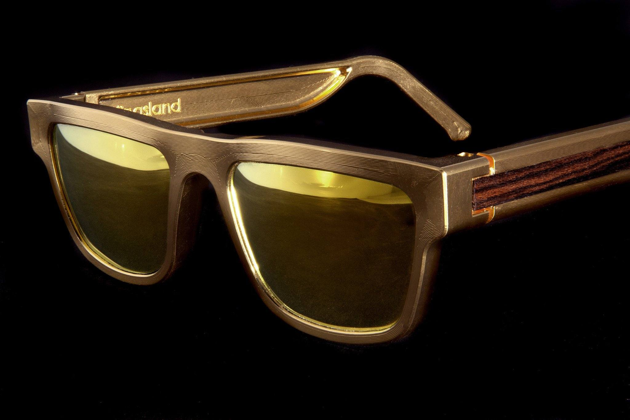 Kingsland Frame: Gold Mirror Lenses (Polarized)