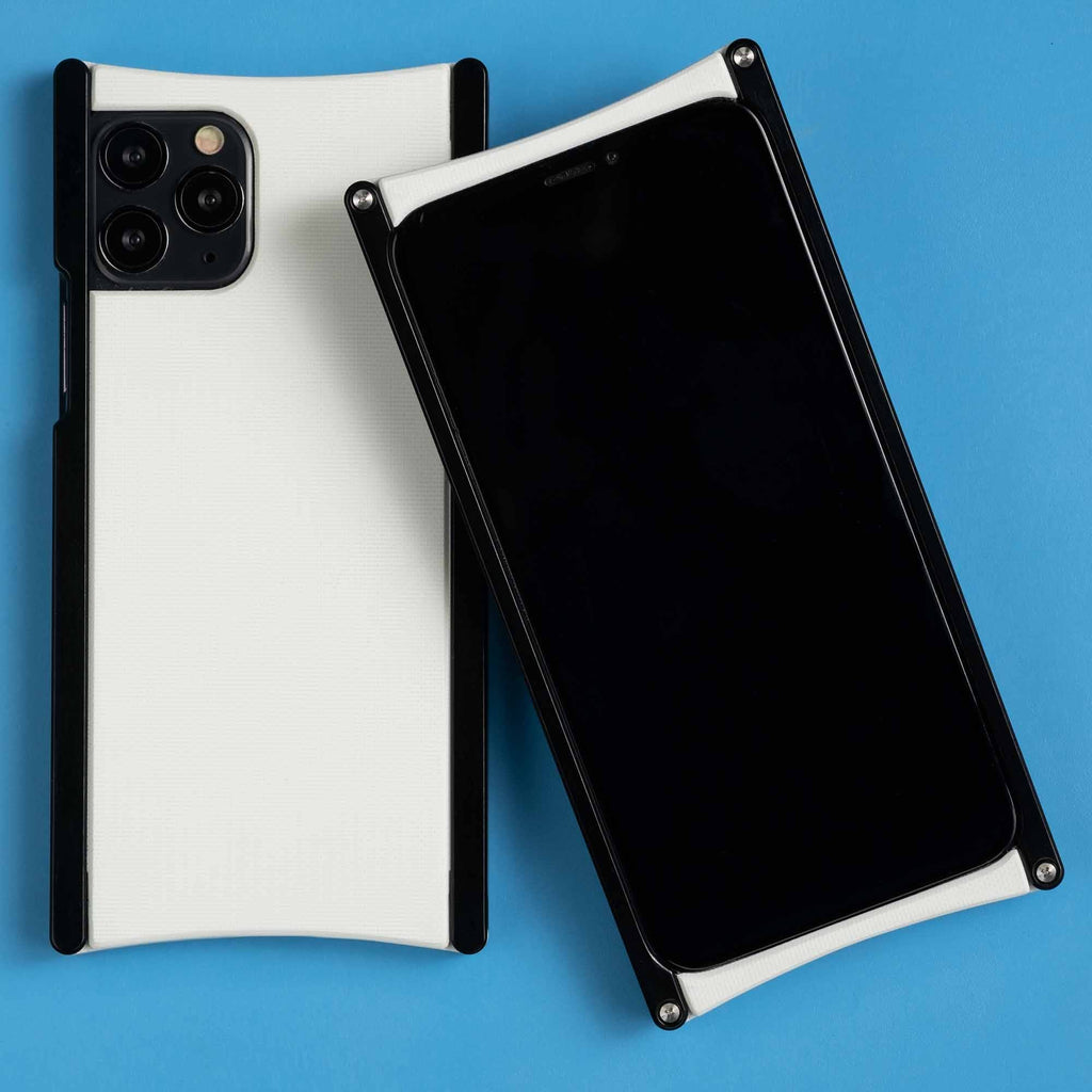 Europa case in Black anodized aluminum and White G10 for iPhone 11 Pro