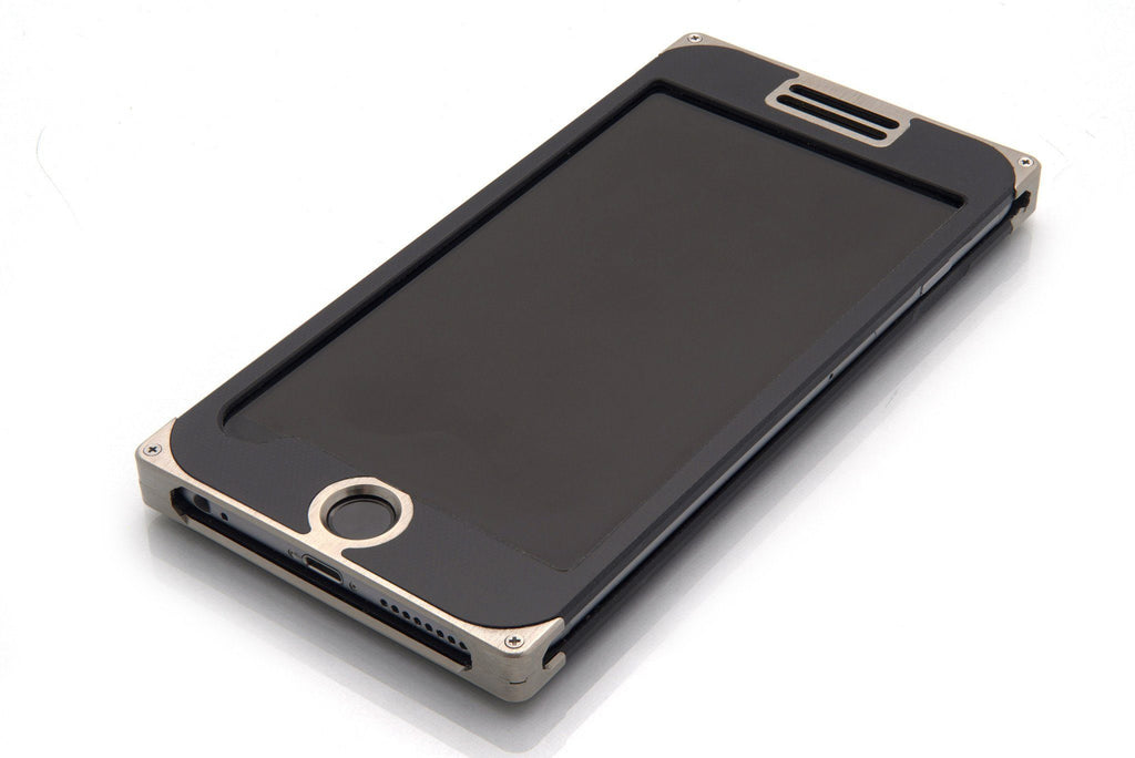 EXO24 Nickel Black Composite for the iPhone 6/6s