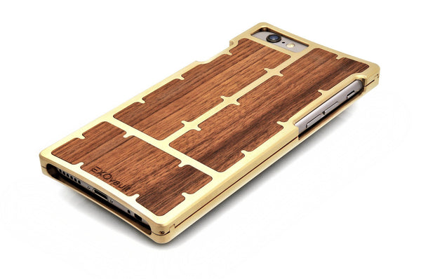 EXO23 Brass Teak for the iPhone 6