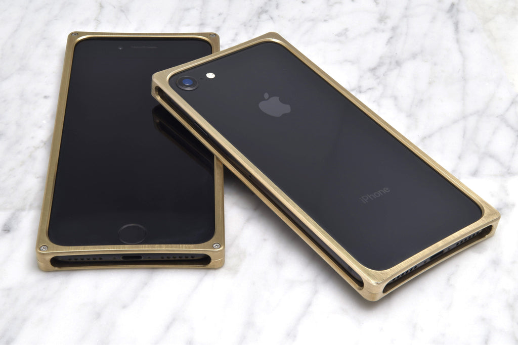 EXO25-S Brass for the iPhone 8/7/6s/6