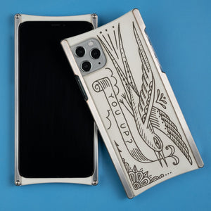 Duke Riley You Up Edition Europa case in Heritage Nickel and White G10