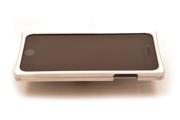 EXO23-S Nickel Louro Preto for the iPhone 7