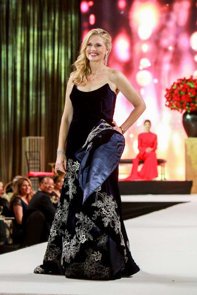 Amy Pierce, Women of Distinction, Houston Crohn's and Colitis, Custom Gown, Miles David, David Peck