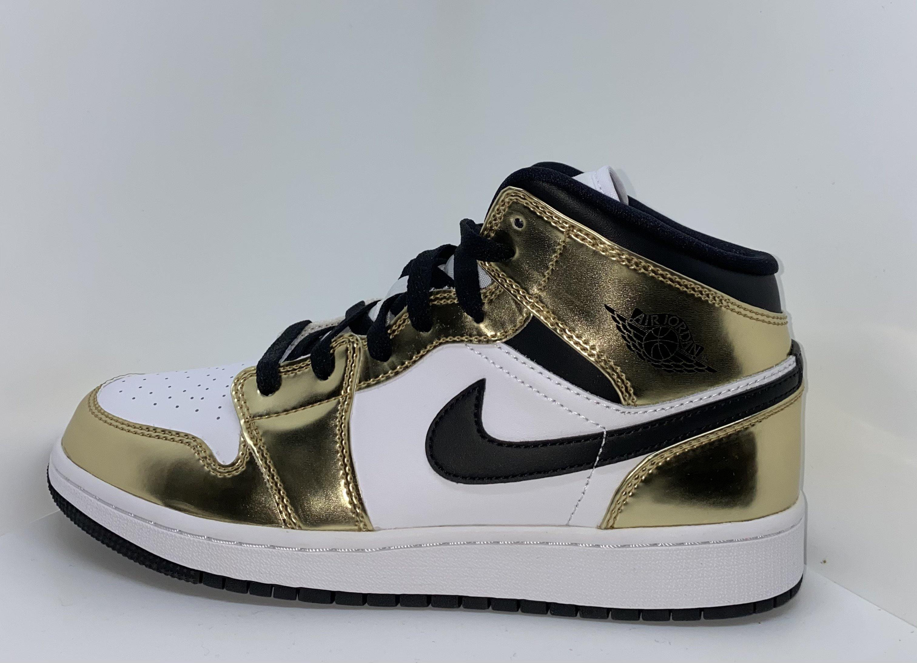 Air Jordan Metallic Gold - Exclusive Shoes
