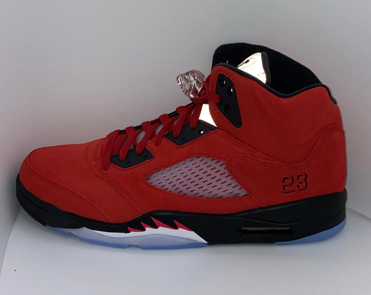Jordan Retro 5 Raging Bull