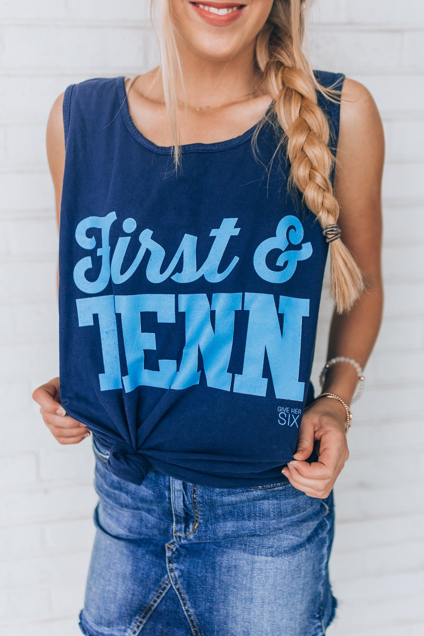 First & Tenn Navy Tank