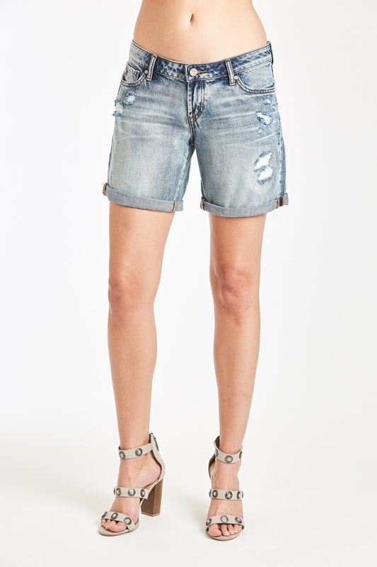 girlfriend denim shorts in empire